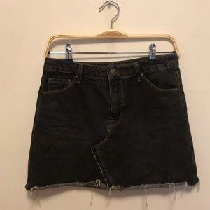 Forever 21 Black Denim Skirt (M)
